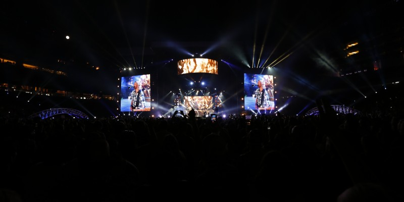 Kick the Dust Up Tour