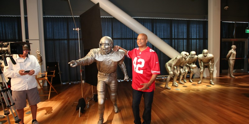 49ers Great Ronnie Lott Visits