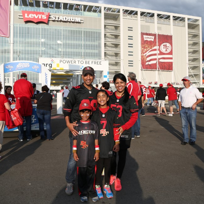 49ers Game Photo - Fans 4