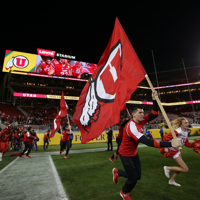 Foster Farms Bowl #19 Utah vs. Indiana 4