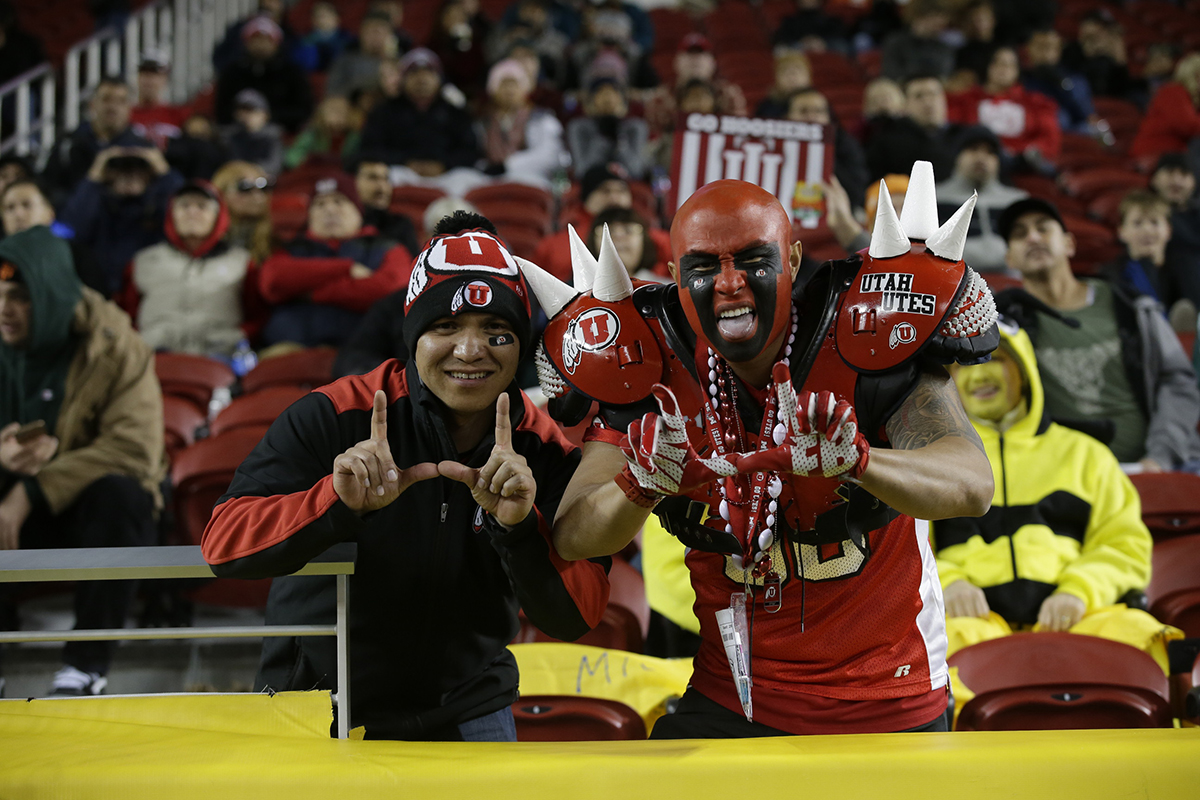 Foster Farms Bowl #19 Utah vs. Indiana 21